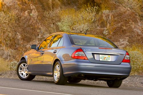 Lanzamiento del Mercedes Benz E 320 BLUETEC en California