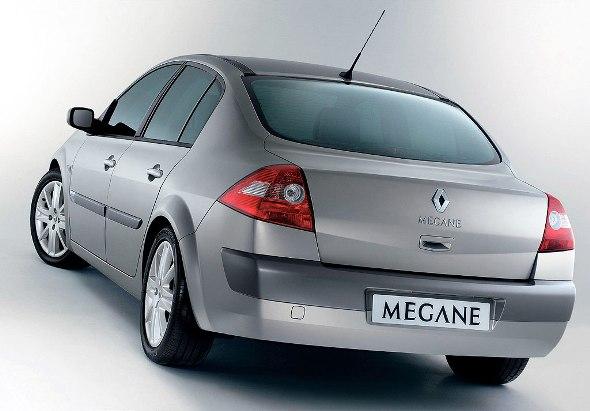 meganeii-sedan-02.jpg