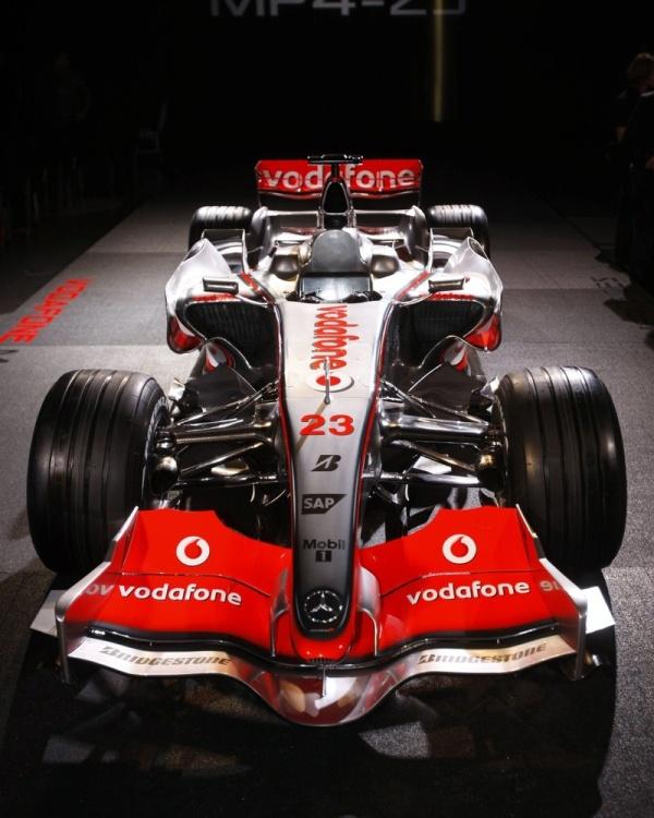 McLaren 2008 y su nuevo Formula 1 MP4-23