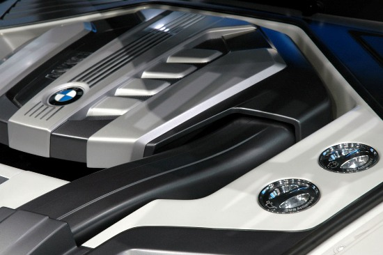 bmw_x5_vision_diesel_hybrid_concept_08.jpg