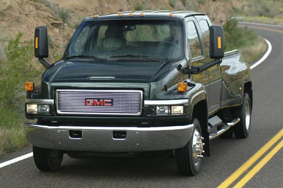 GM deja de producir camiones medianos.
