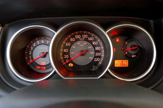 Nissan Tiida Tekna 03 Mundoautomotor