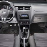 Volkswagen-Fox-Crossfox-2010-02