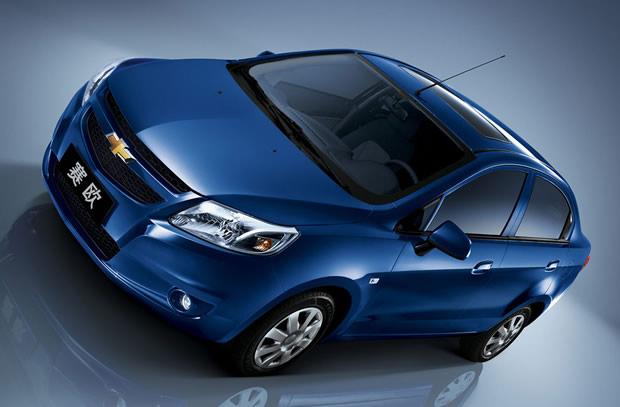 Chevrolet-Sail-2011_1