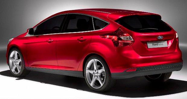 Ford-Focus-2011-01
