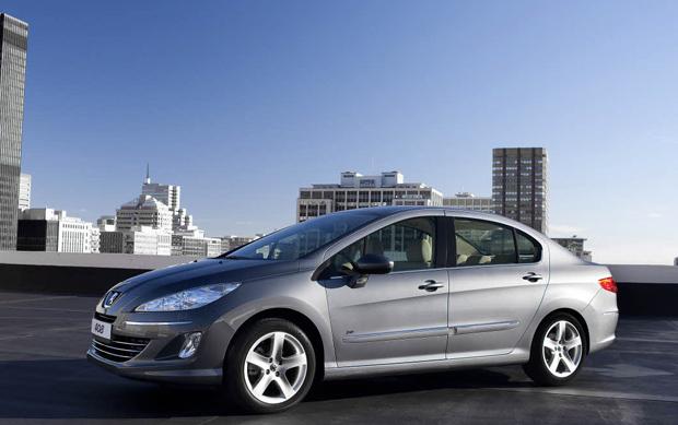 Peugeot 408 2010, presentación