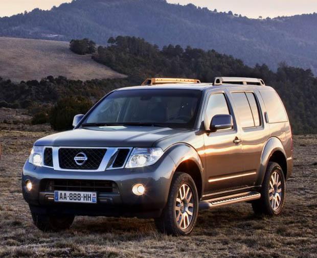 Nissan Pathfinder y Navara restyling 2010.