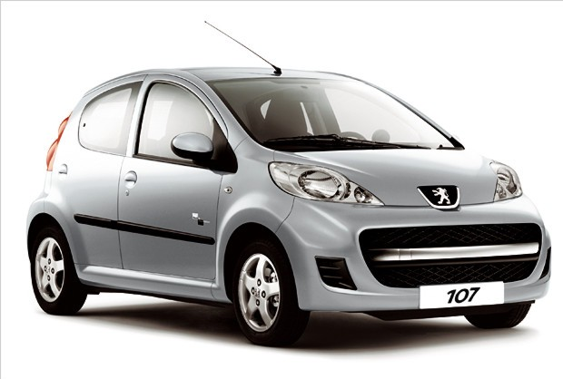 Peugeot-107-Black&Silver-01
