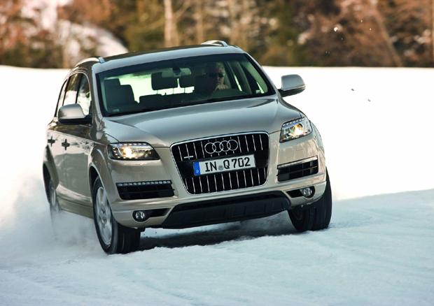 Audi Q7, nuevos motores y transmisiones, 2011