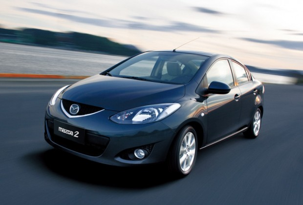 Mazda 2 Sedan, llega a Chile