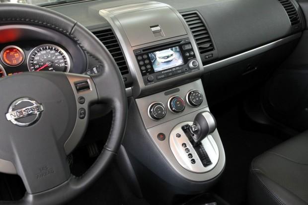 Nissan Sentra 2011, gana equipamiento de serie en Brasil ...