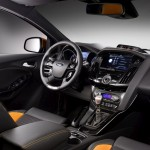 Ford-Focus-ST-2012-02