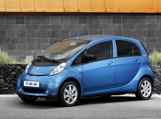 Peugeot iOn fotos y detalles del lanzamiento