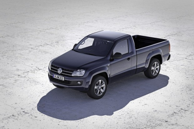 Volkswagen-Amarok-Cabina-Simple-01