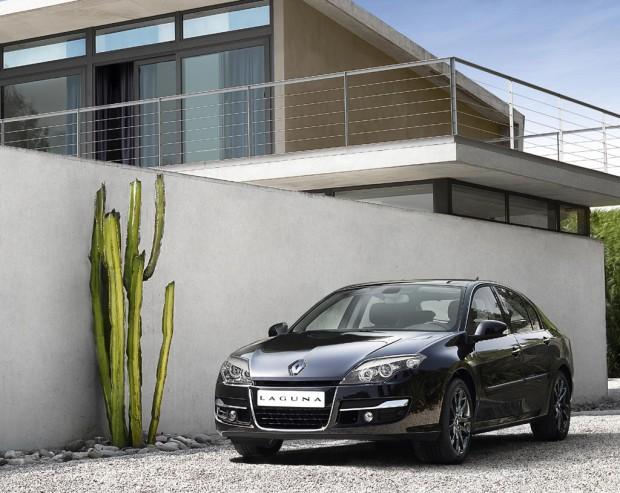 Renault Laguna, actualizaciones de estilo 2011