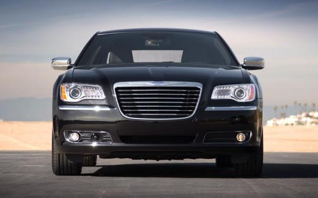 Nuevo Chrysler 300C modelo 2011