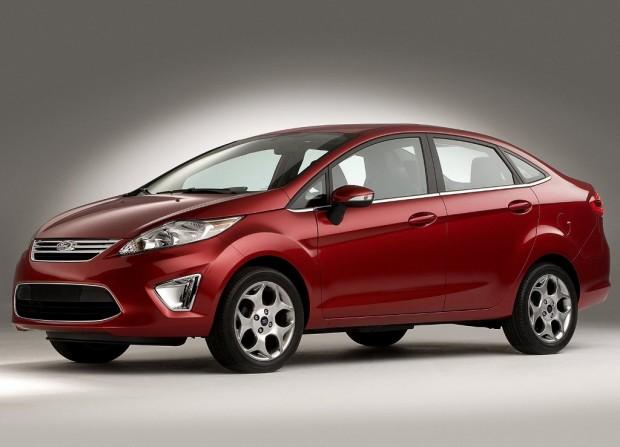 Nuevo Ford Fiesta Kinectic Design Sedán