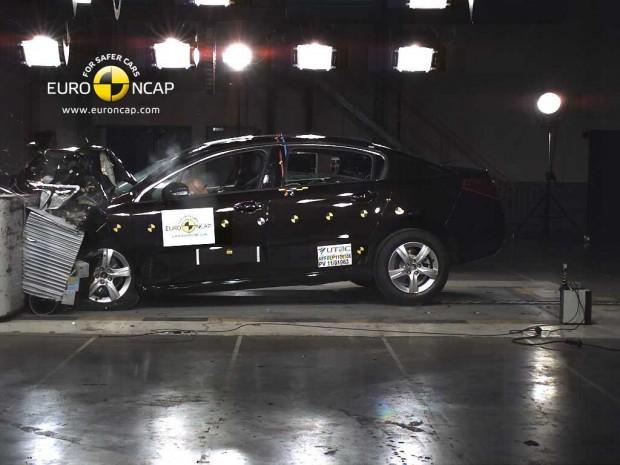 Peugeot 508, 5 Estrellas en la EuroNcap
