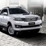 Toyota Fortuner 2012 05