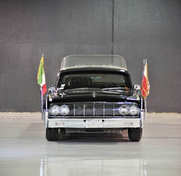 Lincoln Continental 1964 exclusivo a remate en Pebble Beach 2011