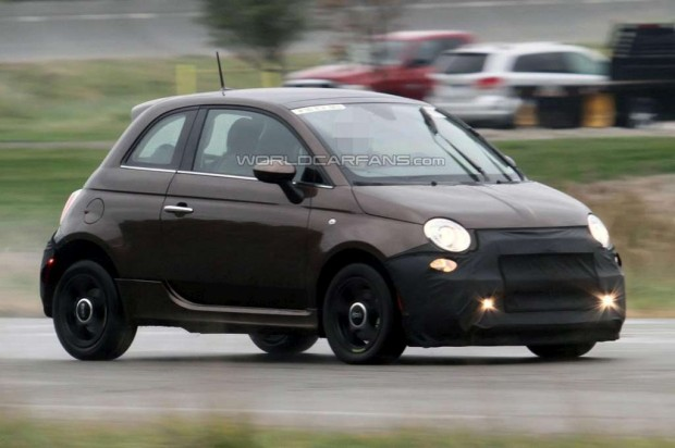 Fiat 500 EV espiado en Michigan