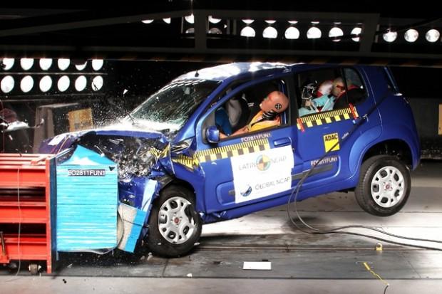 Nuevo Fiat Uno Crash Test