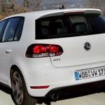 Volkswagen-golf-gti-2