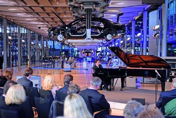 La Volkswagen Transparent Factory celebra sus primeros 10 años
