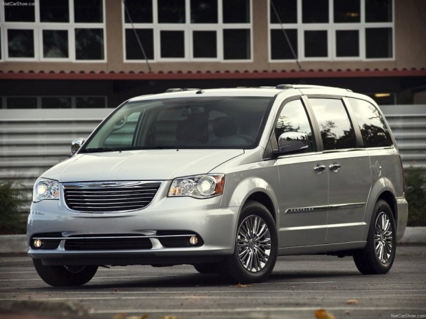 Chrysler Town&Country 2012, Lanzamiento