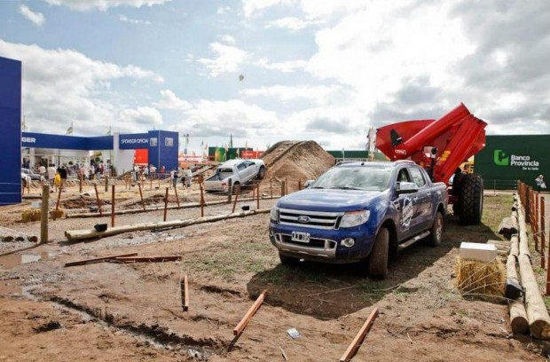 La nueva Ford Ranger demostró su capacidad de remolque