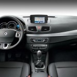 Renault-Fluence-Black-Edition-3