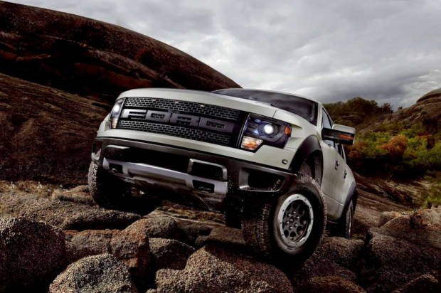 Ford presentó su Pick Up F-150 SVT Raptor modelo 2013