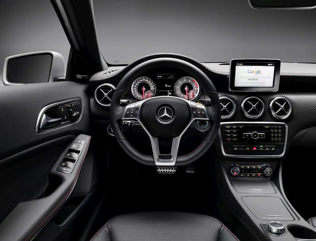 Mercedes benz a class design interior 02 for Mercedes benz a service