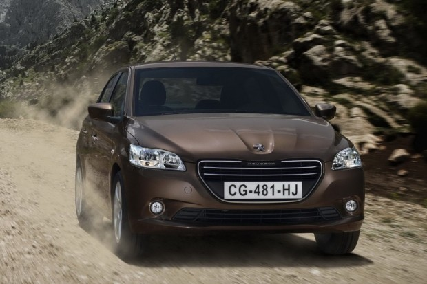 Nuevo Peugeot 301, amplitud y durabilidad