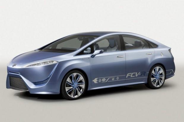 Toyota lanzará 21 modelos híbridos en los proximos tres años