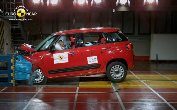 El Nuevo Fiat 500L se adjudica las 5 estrellas Euro NCAP