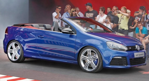 Volkswagen Golf R Cabriolet, Video