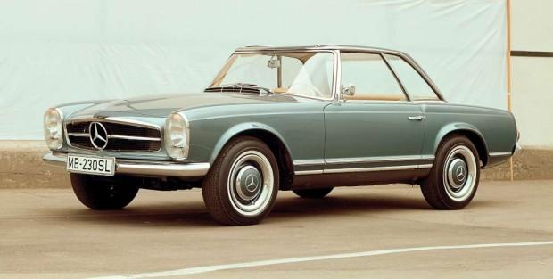 "Mercedes Benz 230 SL ""Pagoda"" se presentó en el Salón de Ginebra de 1963"
