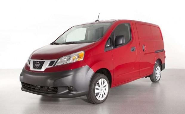 Nissan NV200  2013, versión para U.S.A., se presenta en el Salón de Chicago