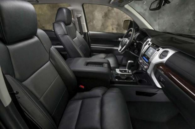 Toyota tundra 2014 se presenta el sal n de chicago - 2013 toyota camry interior parts ...