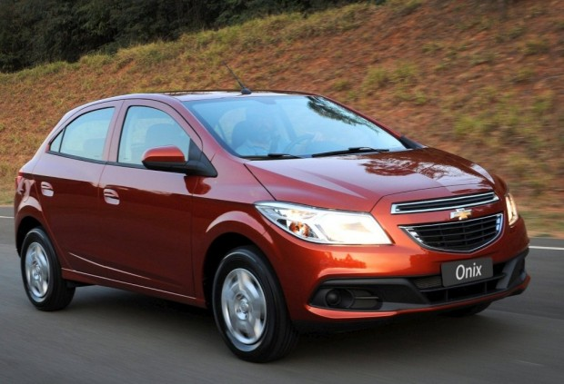 Chevrolet Onix, Equipamiento y Ficha Técnica
