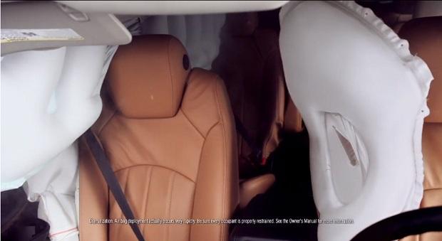 Chevrolet Traverse, con Airbag Central