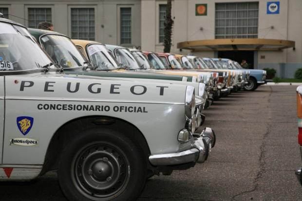 Peugeot 403 y 404, protagonistas del Gran Premio Histórico