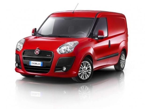Fiat Dobló Cargo distinguido como el Vehículo Comercial del año 2013