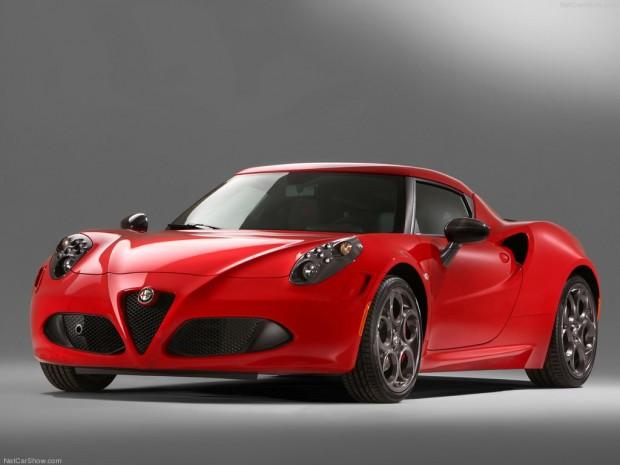 Alfa Romeo 4C ganador del Premio Auto Trophy 2013