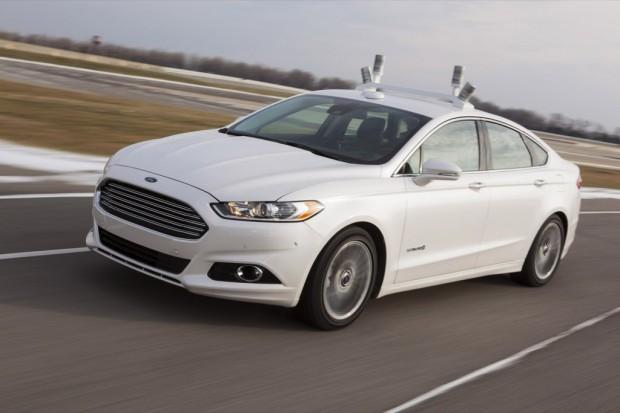 Ford Fusion con Conducción Autónoma