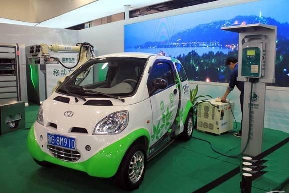 Kandi Crush, La Maquina Expendedora de Vehículos Eléctricos de China