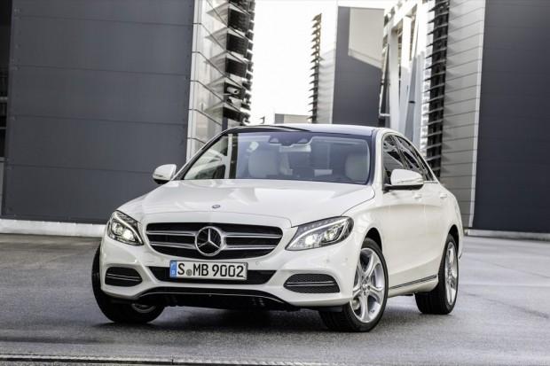 Mercedes Benz Clase C 2014, oficialmente revelado