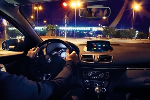 El Renault Fluence incorpora el sistema multimedia R-Link