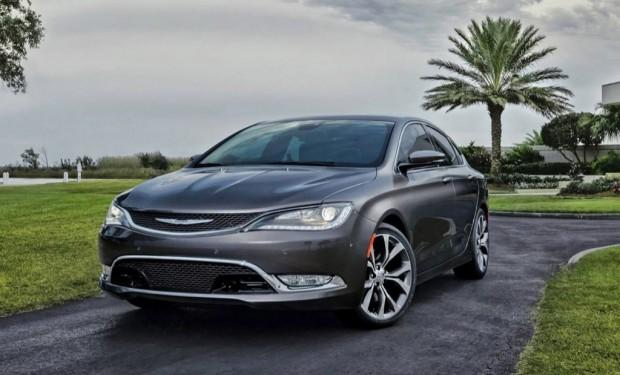 Nuevo Chrysler 200 2015